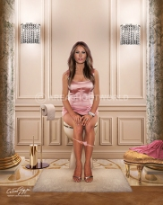 MELANIA TRUMP small